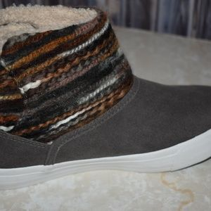 Blowfish Shoes - Blowfish Booties Gray Brown Embellished New Sz 6